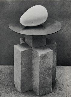 Begining of the World (sculpture) - Constantin Brancusi (Romanian sculptor)… Brancusi Sculpture, Art Sculpture, Stone Sculpture, Abstract Sculpture, Rodin, Contemporary Sculpture, Contemporary Art, Constantin Brancusi, Art Moderne