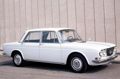 Lancia Flavia (1961) #classic #lancia Lancia Delta, Maserati, Ferrari, Super Images, Italy Spain, Alfa Romeo, Car Ins, Old Cars, Fiat