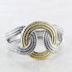 Silver & gold have never looked so good! #sadiegreens #cuffbracelet #silverandgold