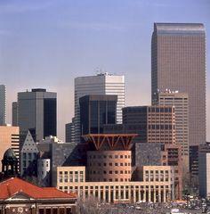 Denver Central Library / Michael Graves & Associates