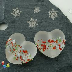 Lampwork Beads Christmas Blossom Hearts by GlitteringprizeGlass  Lampwork heart in a clear glass, etched for a semi opaque look! Decorated with thin black lines and a my own festive frit blend, perfect for your Christmas designs.