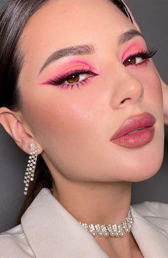 Red Eye Makeup, Makeup Eye Looks, No Eyeliner Makeup, Pink Makeup, Glam Makeup, Beauty Makeup, Hair Makeup, Glitter Makeup Looks, Pink Eyeliner