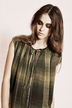 klamott - dressed.ch Turtle Neck, Tops, Sweaters, Dresses, Fashion, Simple, Gowns, Moda, Fashion Styles