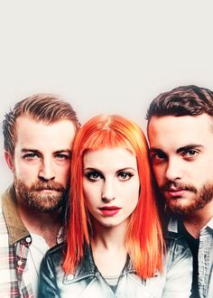 Paramore is coming out with a new album in April!! And they are touring in the US! Yay!!