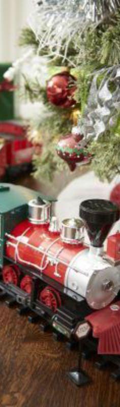 Christmas Blessings, Christmas Traditions, Christmas Themes, Christmas Wreaths, Christmas Decorations, Christmas Train, Family Christmas, White Christmas, Elegant Christmas Decor