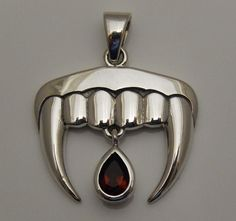 Vampire Fangs Pendant in .925 Sterling Silver - Dark Romantic Gothic Vampire Teeth with Garnet