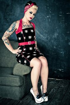 Abbie Mädchen Rockabilly Hündinnen nackt