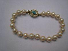 Vintage Fancy 1960s Costume Pearl Ladies Bracelet by Glamaroni, $14.00