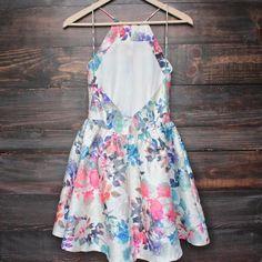 en forma de flores y vestido de la llamarada (más colores / impresiones)…