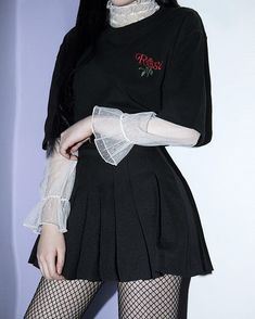 Korean fashion. Style skirt outfits like you would be comfortable wearing it skirt lenght wise. #comfortFashion