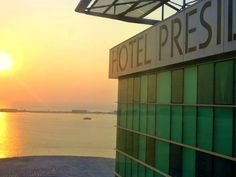 Hotel Presidente Luanda Luanda Located along the Bay of Luanda and decorated in a modern colonial style, this hotel features an extensive breakfast buffet, a gym and a terrace. All rooms are air conditioned and offer free internet.