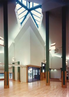 Tanabe City Art Museum at sakakura associates