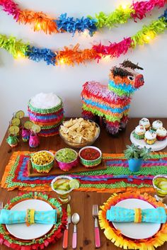 How to Piñata Your Party Using Only 3 Materials via Brit + Co. Brightly colored tissue paper makes great diy party decor for a Mexican Fiesta birthday party or Cinco de Mayo party! Mexican Fiesta Party, Fiesta Theme Party, Taco Party, Pinata Party, Mexico Party Theme, Mexican Candy Table, Mexican Pinata, Mexican Fiesta Decorations, Mexican Desserts