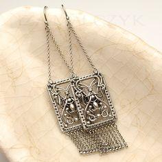 Damascus earrings by Iza Malczyk: http://www.izamalczyk.com/en/gallery-550-3999.html