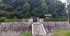 This is the tomb of Empress Suiko in the town of Taishi on the western edge of Osaka Prefecture. She ruled Japan from the year 593 to 628. She was originally a consort to Emperor Bidatsu until he died of smallpox at a relatively early age. His brother succeeded him as Emperor Yomei but died of illness shortly after. Yomei was succeeded by Emperor Sushun who was assassinated at the request of Soga-no-Umako as part of the power struggle between the powerful Soga and Mononobe Clans. Suiko was…