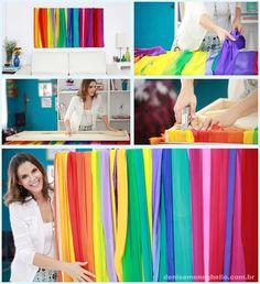Tela, tecidos coloridos, e pronto! Um quadro moderno e descolado para mudar o astral da tua sala. Simples assim! — com Denise Meneghello.
