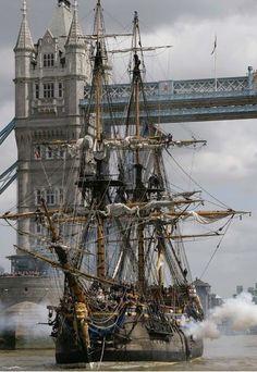 London England :: an East Indiaman & Tower Bridge √