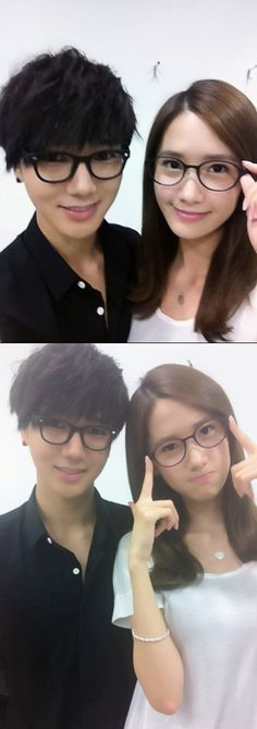 Super Junior's Yesung and Girl's Generations Yoona endorse Y Style glasses. They look like sibling.