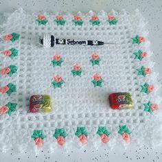 Crochet Squares, Crochet Doilies, Crochet Flowers, Crochet Stitches, Crochet Flower Tutorial, Easy Crochet Patterns, Crochet Designs, Teapot Cover, Rainbow Crochet