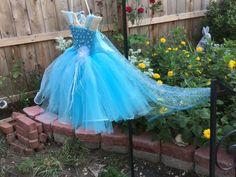 conjunto de 2 piezas. Vestido de princesa de por MommysSweetAngel