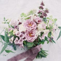 'Lavande' roses from Peterkort, foxgloves, bergamo monarda, queen anne's lace, white cloud larkspur, sweet pea foliage