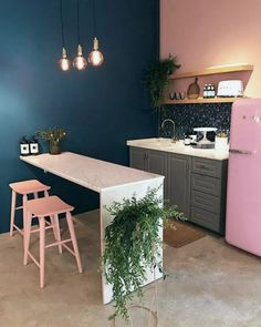 The 50 greatest small kitchen design ideas for your tiny space 4 Home Decor Kitchen, Kitchen Interior, Home Interior Design, Home Kitchens, Küchen Design, House Design, Design Ideas, Apartment Design, Living Room Decor