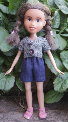 Tree Change Doll 4 OOAK repainted restyled by TreeChangeDolls Doll Head, Doll Face, Sonia Singh, Tree Change Dolls, Two Hands, Doll Accessories, Hair Ties, Art Dolls, Hand Knitting