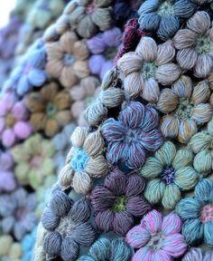 Sophie Digard / echape wool freesias large (3051-MR/NRG) 再入荷! by Sophie Digard | petiteparis