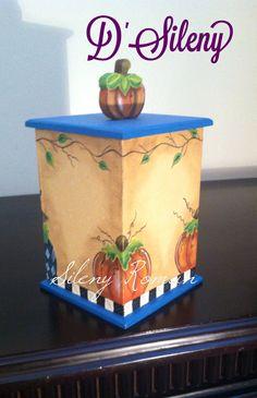 Caja decorada con motivos de calabaza. Vista 2