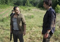"Martinez (José Pablo Cantillo) and the Governor (David Morrissey) in Episode 407, ""Dead Weight"""