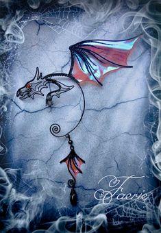 Black dragon ear cuff dangle * Dragon ear wrap no piercing * Dragon earring jewelry Dragon Ear Cuffs, Snake Ears, Everlasting Liquid Lipstick, Wire Jewelry Designs, Purple Eye Makeup, Dragon Jewelry, Silver Ear Cuff, Black Dragon, Bat Wings