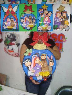 Pesebres tomados de la web :: RT Decoraciones y algo más... Christmas Decoupage, Christmas Wood, Outdoor Christmas, Christmas Time, Decor Crafts, Diy And Crafts, Christmas Crafts, Christmas Ornaments, Painting On Wood