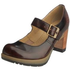 ooh mary janes dr.marten style!