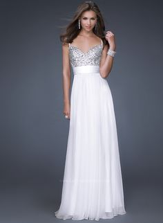this would be an amazing dress to wear to my reception:) change from my princess ballgown to this! i think yess