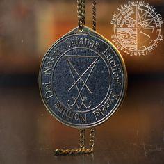 Заказали кулон с символом Люцифера 👹  #alchemy #amulet #goetia #jewelry #kabbalah #lucifer #magic #necklaces #nomine #pendant #pendants #pentacle #satana #satanas #seal #solomon #кулон #латунь #кулонназаказ #назаказ #сатана #timforshade