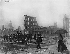 1906 San Francisco Earthquake Pictures: Leaving the City on Foot