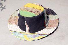剛剛逛 Pinkoi,看到這個推薦給你:民族拼接手織棉麻帽 / 針織帽 / 漁夫帽 / 毛線帽  - 黃色渲染 + 手織棉麻 ( 限量一件 ) - https://www.pinkoi.com/product/Pw57YxXn
