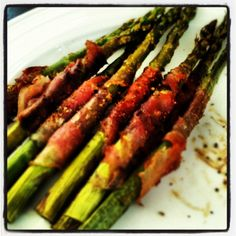 Prosciutto Wrapped Asparagus | Give Me More Garlic