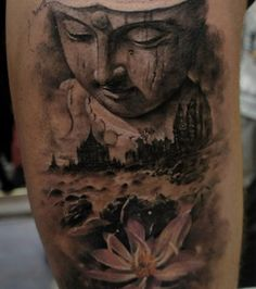 Tatouage Bouddha et fleur de lotus.