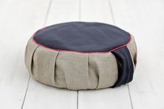Organic buckwheat husk sitting pillow. Ideal for meditation, relaxation, playing on the floor. Only organic certified buckwheat hulls used.