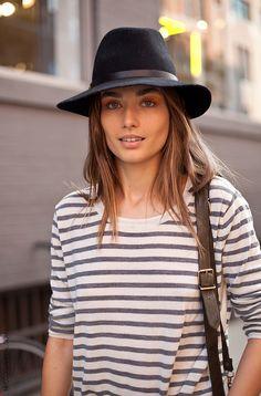 j'adore les chapeaux et les marinières !