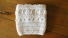 Waves & Seashells Boot Cuffs: free crochet pattern
