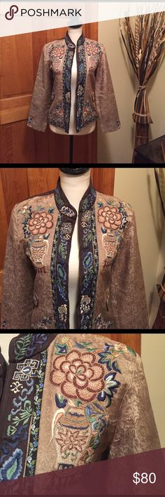 GORGEOUS Sandy Starkman light weight dinner jacket GORGEOUS Sandy Starkman oriental dinner jacket - fully lined - exquisite detail and design - excellent lightly worn condition. LOVELY!!! Sandy Starkman Jackets & Coats Blazers