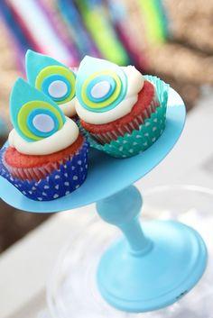 Peacock cupcakes #cupcakes #peacock