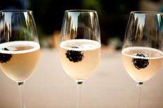 """Blackberries in champagne -- Could add a nice little """"sangria"""" colored tint if you do a champaign toast :) Champaign Cocktails, Cocktail Drinks, Alcoholic Drinks, Beverages, Champagne Bar, Champaign Toast, Fruit Champagne, Champagne Taste, Champagne Glasses"""