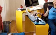 Como muitos designers fazem questão de dizer. menos sempre é mais quando se tratam de móveis. E foi o que conseguiram ao produzir esse conjunto de mesas e arquivo que se encaixam e ficam embutidos um ao outro, economizando espaço e trazendo enorme funcionalidade ao ambiente em que forem usados.