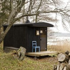 cabinporn: Sauna on the Åland Islands by Denizen Works. Built from local materials and designed with sleigh runners, the sauna can be towed out onto the ice in winter to provide immediate access to a frigid plunge. Little Cabin, Little Houses, Small Houses, Design Sauna, Mobile Sauna, Outdoor Sauna, Cabin In The Woods, Small Buildings, Cabins And Cottages