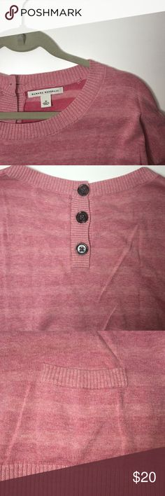 ‼️ SALE ‼️ Banana Republic Sweater Striped pink sweater with 3 buttons on the back and 2 front pockets Banana Republic Sweaters Crew & Scoop Necks
