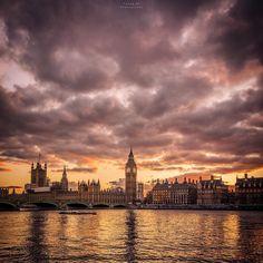 """Good Morning London! ☕️☕️  ======================================= #Nikon #toplondonphoto #best #visitlondon #vsco #Mylondon #timeout #timeoutlondon…"""
