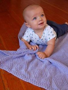 Moss Stitch Diamonds Baby Blanket - n/c Knitting Pattern, Designed by Barbara Breiter (baby not included) Free Baby Blanket Patterns, Easy Baby Blanket, Baby Knitting Patterns, Baby Patterns, Knitted Baby Blankets, Baby Blanket Crochet, Moss Stitch, Baby Afghans, Free Baby Stuff